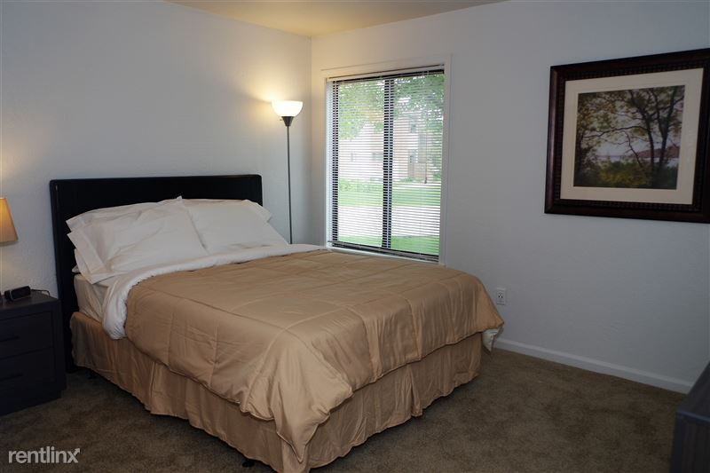 Furnished Apartments in Rochester Hills - 27 - IMGP3385