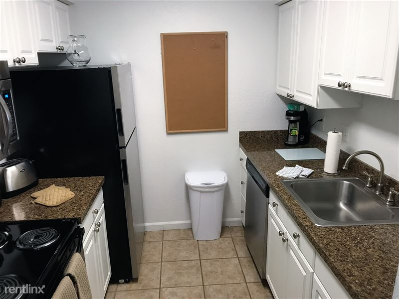 Furnished Apartments in Sterling Heights/Troy - 39 - IMG_2243