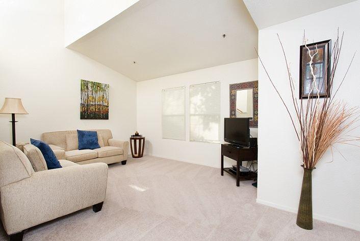 4x2 Living Room