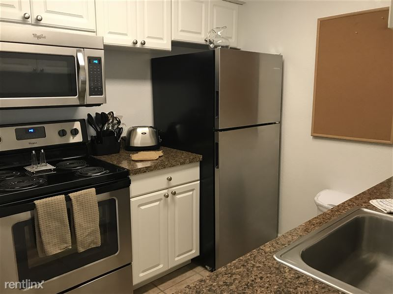 Furnished Apartments in Rochester Hills - 4 - IMG_2242
