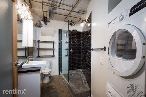 Cosmo Lofts - 2 - Bathroom