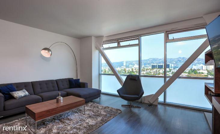 03 blu living room