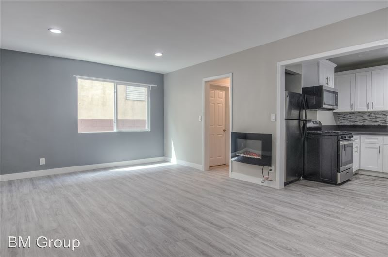 417 S. Kenmore Ave - 1 -