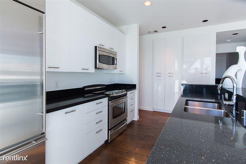 501 Kitchen