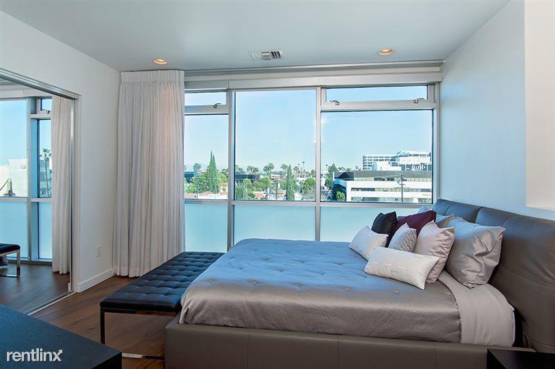 501 Guest bedroom
