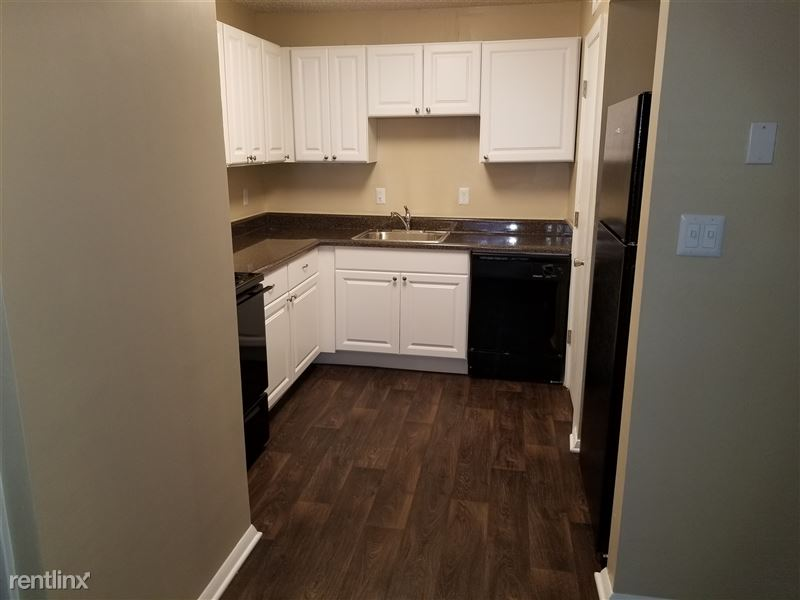 3 bedroom kitchen