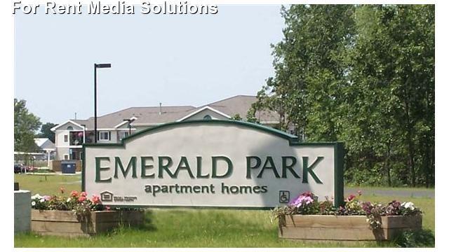 Emerald Woods Apartments Plainwell Mi