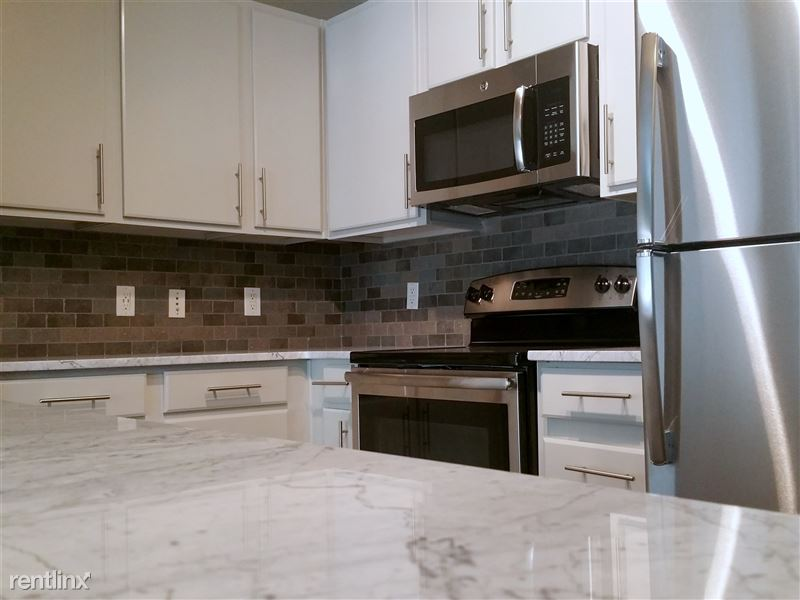 508 West Ave - 3 -