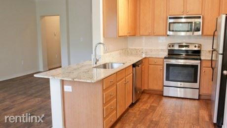 508 West Ave - 1 -