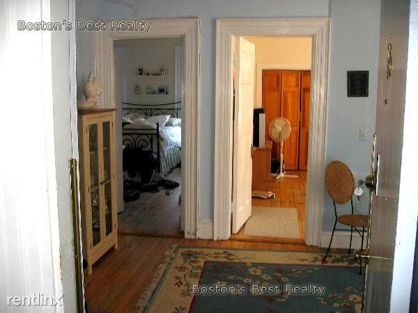 465 Park Dr. #16 Boston - Fenway Unit Photo 3