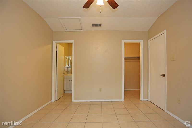 Ash Tree Apartments - 5 - ashtree-apartments-edinburg-tx-1-bd-1-ba---535-sf (7)