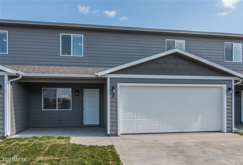 South Woods Town Homes Amp Villas 7507 S Beal Ave Sioux