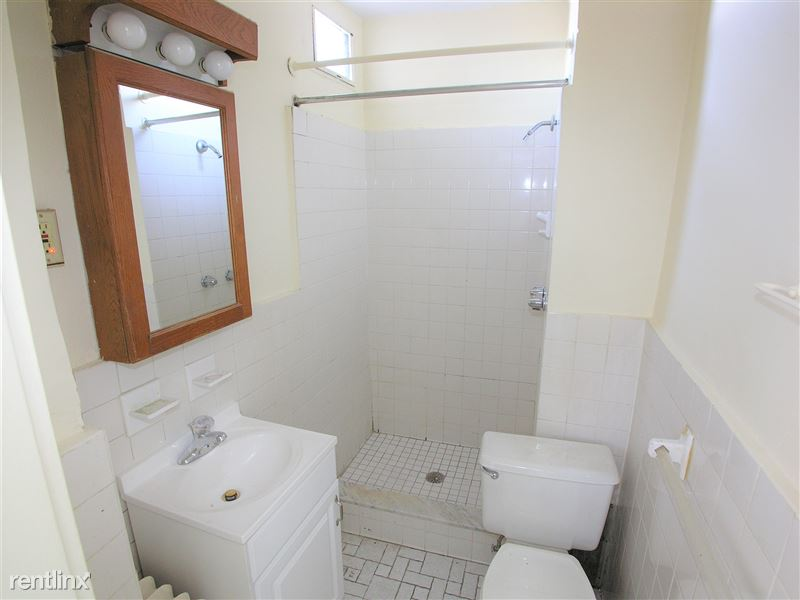 Scarab - Bathroom
