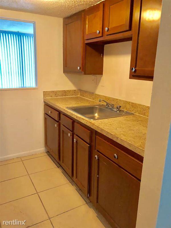 University Townhomes 3239 Justina Rd Jacksonville Fl