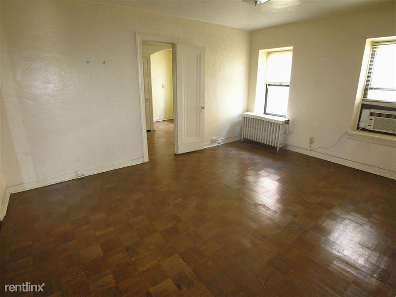Ft. Duquesne - Bedroom