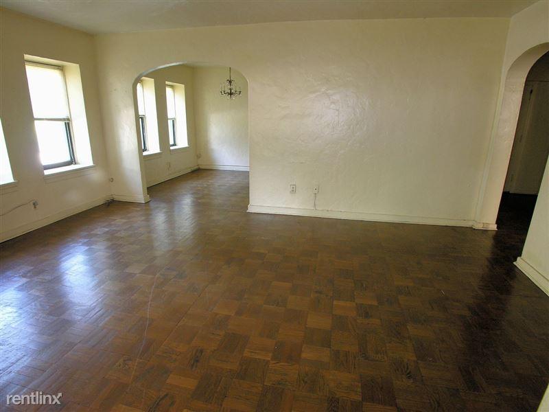 Ft. Duquesne - Living Room