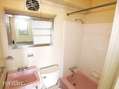 Tufa - Bathroom