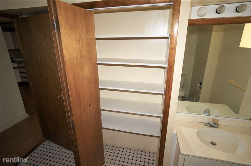 Mansfield - Bathroom