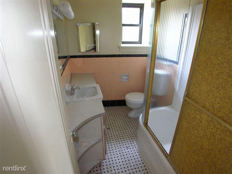 Rankin - Bathroom
