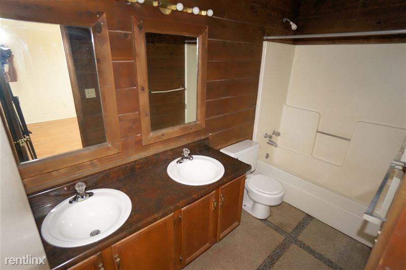 West End - Bathroom