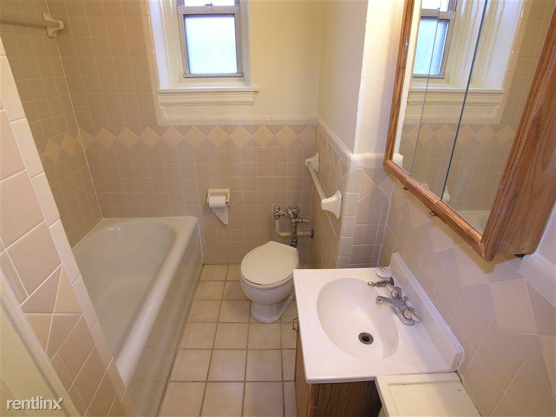 Dolomite - Bathroom