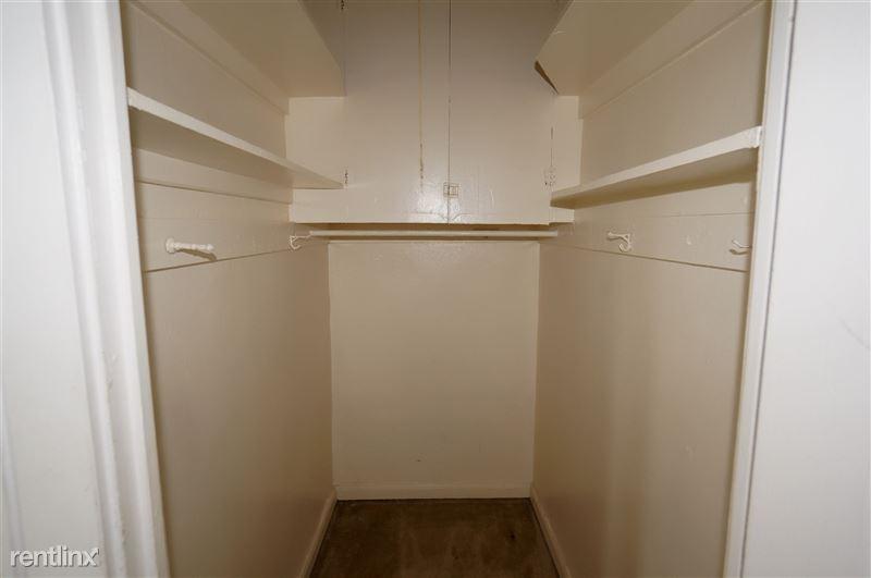 Packard - Closet 1