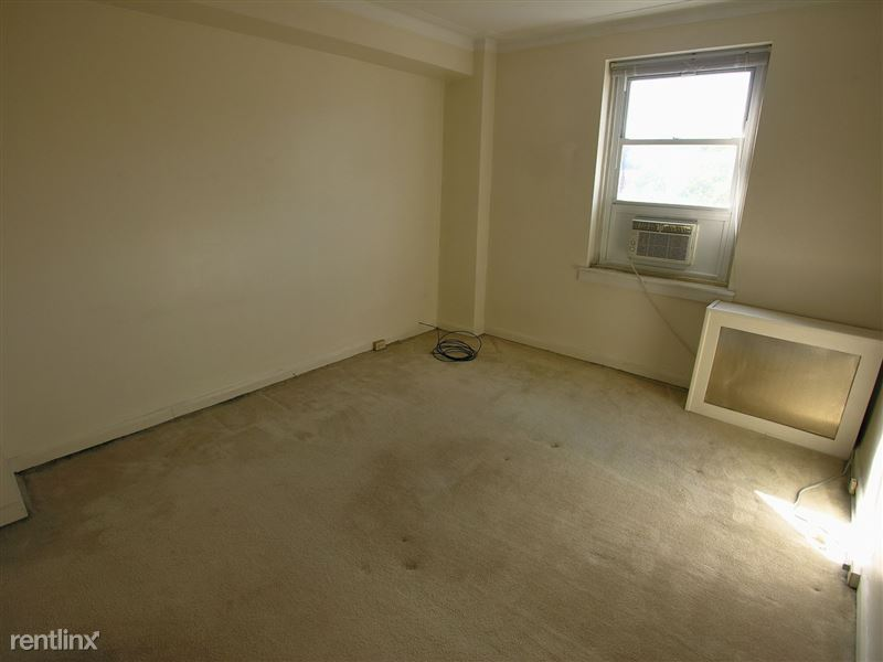 Champion - Bedroom