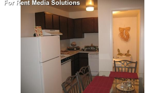 Westminster Park Apartments - 7 -