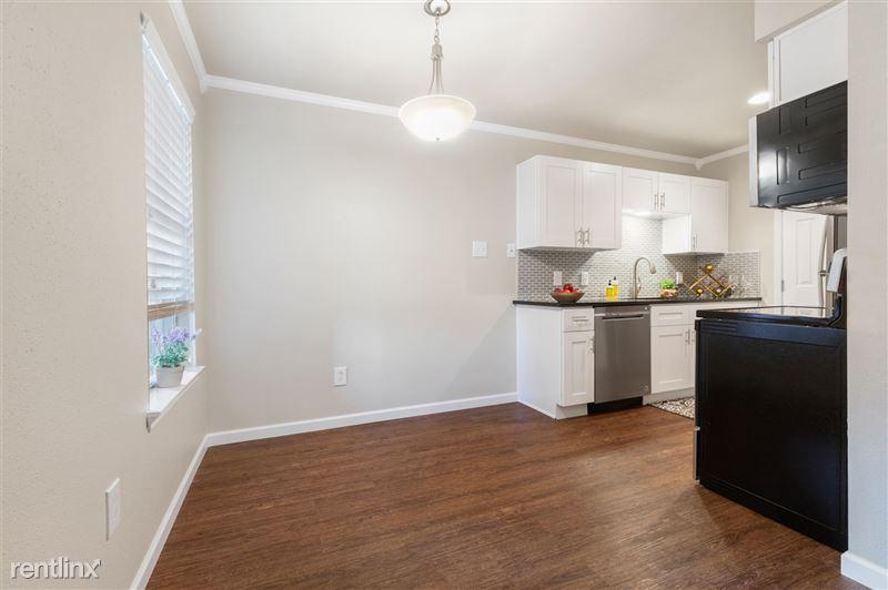 Blanco Oaks Apartments - 3 -