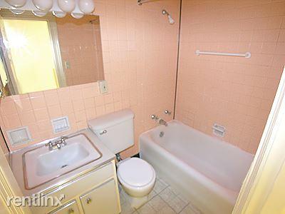 Glenwood - Bathroom