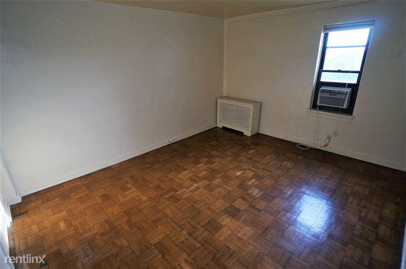 Glenwood - Bedroom