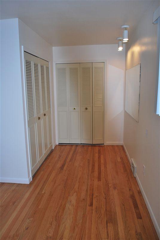 North Shore Apartments - 4 - Dressing Area