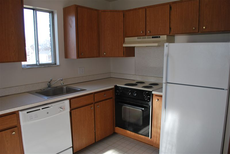 North Shore Apartments - 3 - Kitchen with window