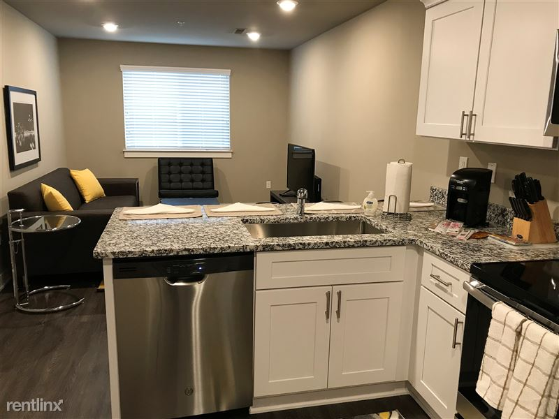 Flex-Lease/Furnished. Sterling Landings (New 2018) - 5 - IMG_9301