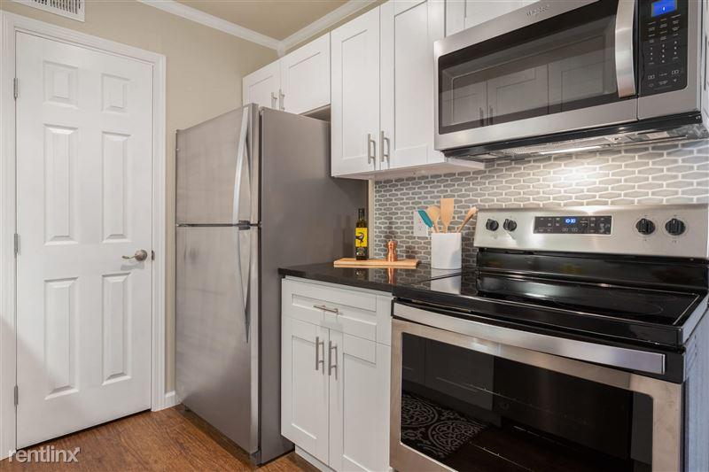 Blanco Oaks Apartments - MLS-2