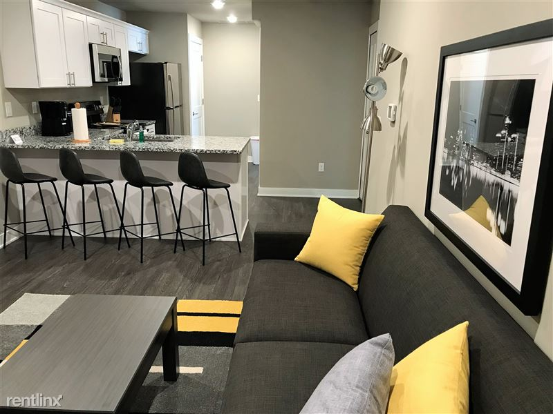Flex-Lease/Furnished. Sterling Landings (New 2018) - 6 - IMG_0046