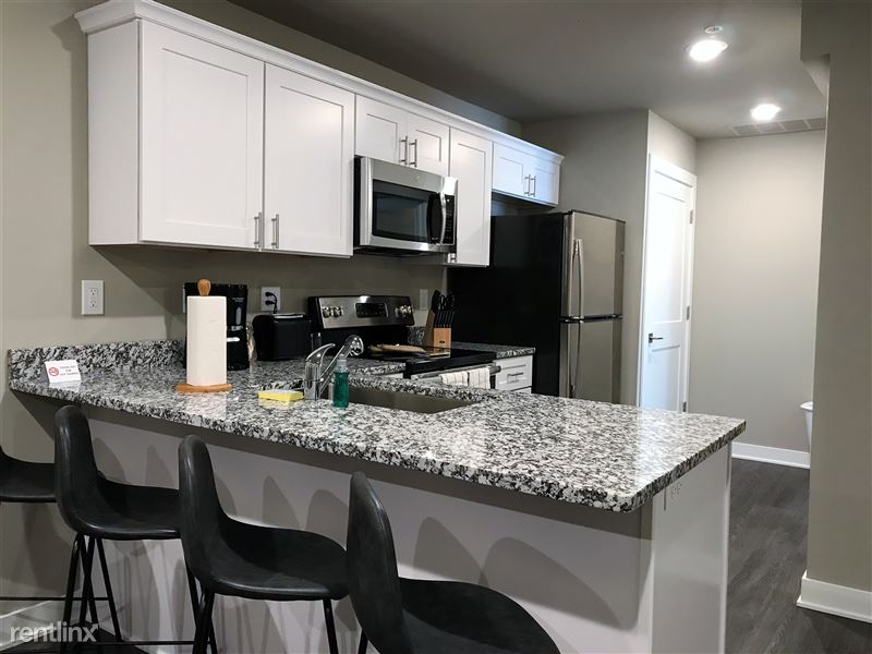 Flex-Lease/Furnished. Sterling Landings (New 2018) - 9 - IMG_0035