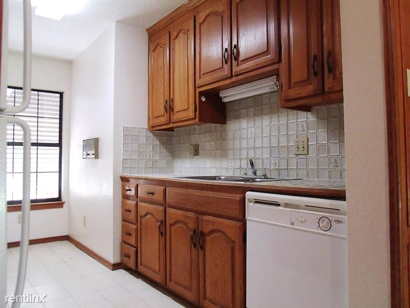 Danubia Apartments - 3 - 5
