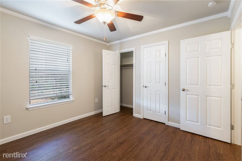 Blanco Oaks Apartments - MLS-12