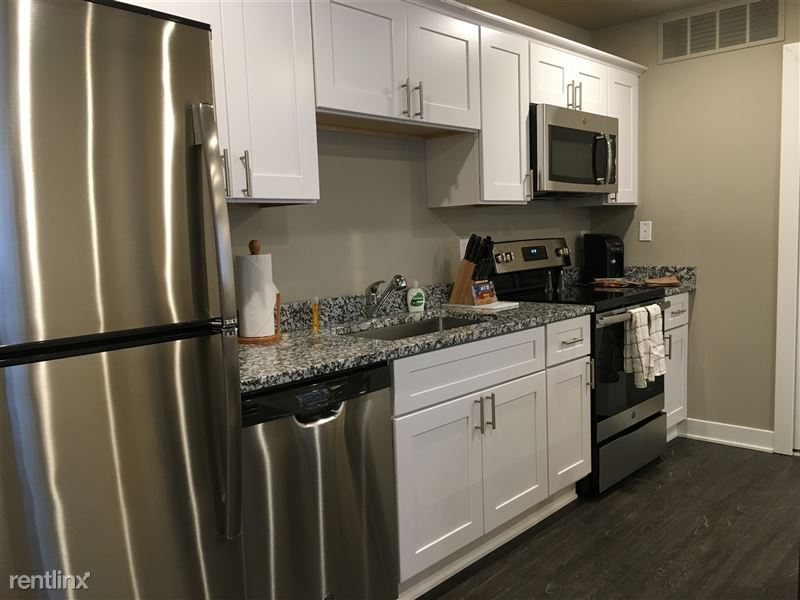 34757 Aqua Lane - Kitchen Appliances & Granite Countertop