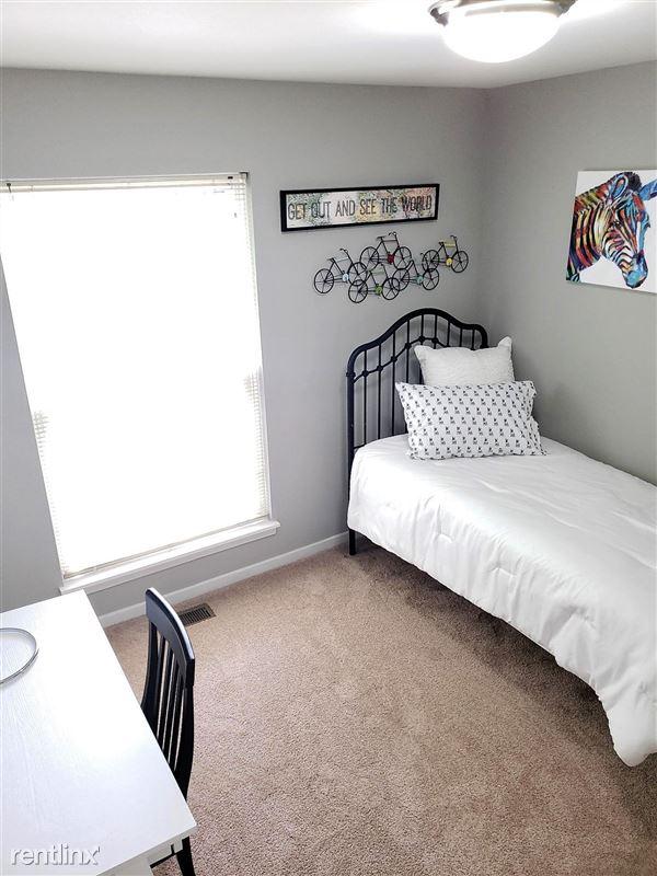 Westbury Village Townhouses - 6 - Model-Bedroom