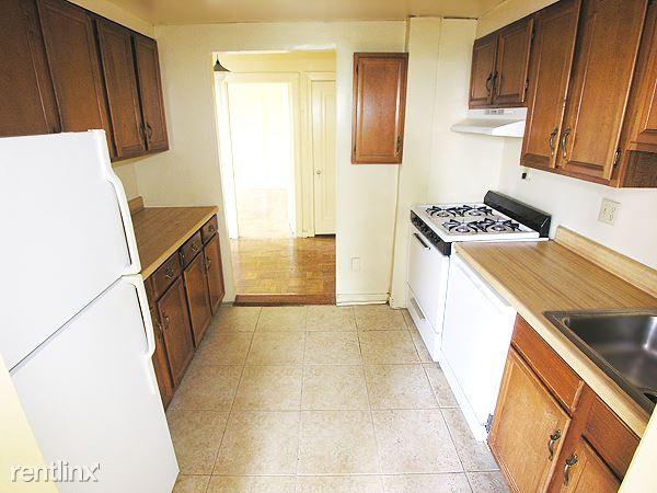 Bloomfield - Kitchen