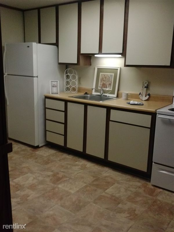 Unit 106-Kitchen