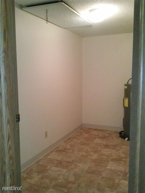 Utility Room with WD conncections