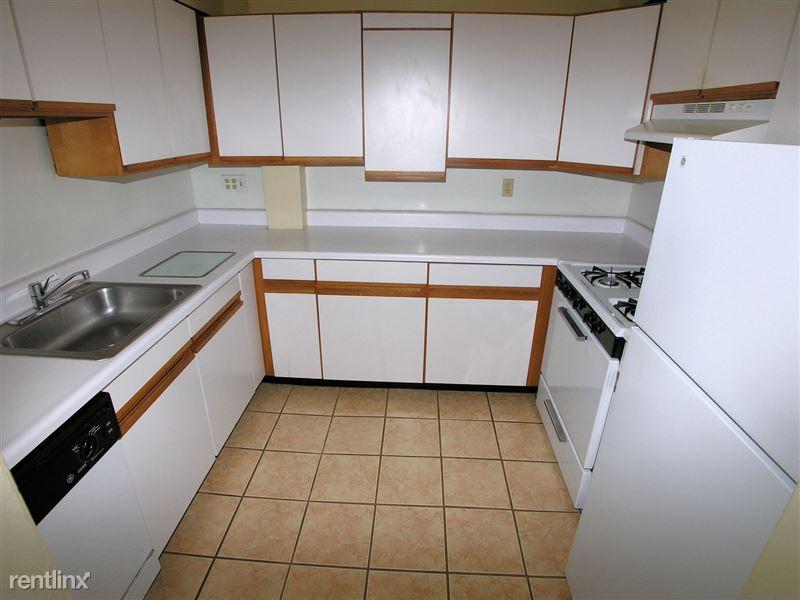 Elizabeth - Kitchen