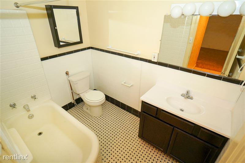 Smithfield - Bathroom