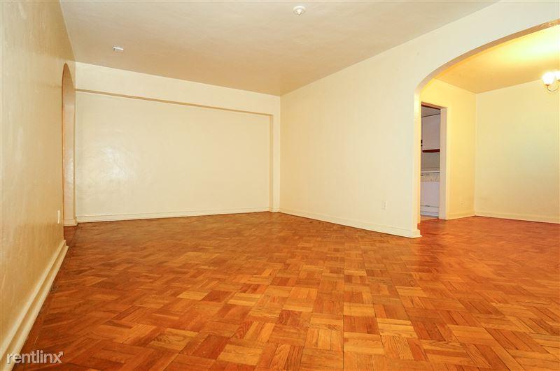 Smithfield - Living Room