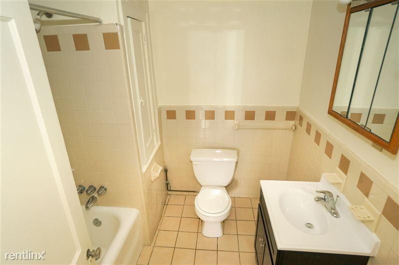 Zephyr - Bathroom