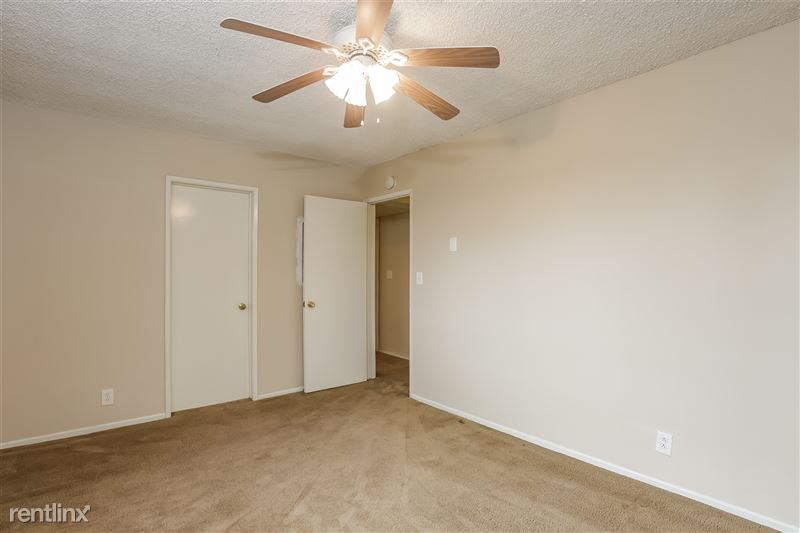 016-photo-master-bedroom-6740220