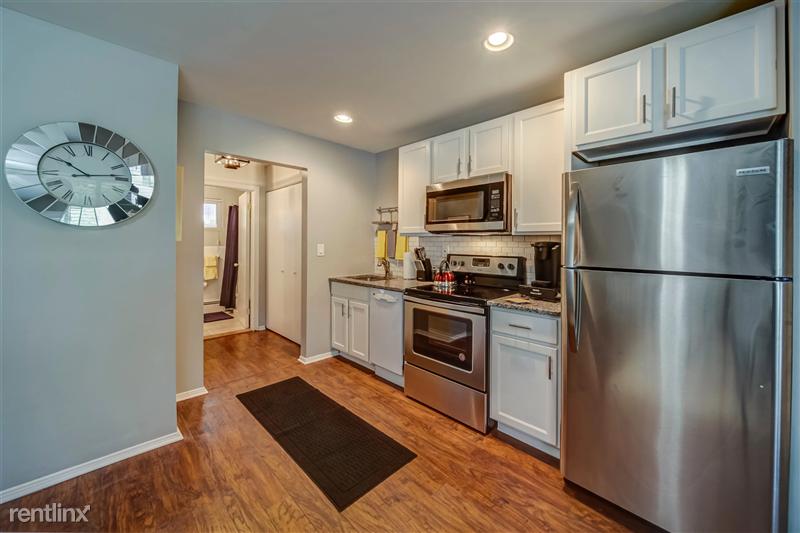 Furnished Suites in Royal Oak - 2 - 004-4123KentRd-RoyalOak-MI-48073-full